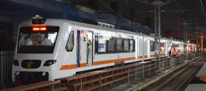 Kementrian Perhubungan Pertimbangan Gunakan Kereta Bandara Untuk Penumpang KRL