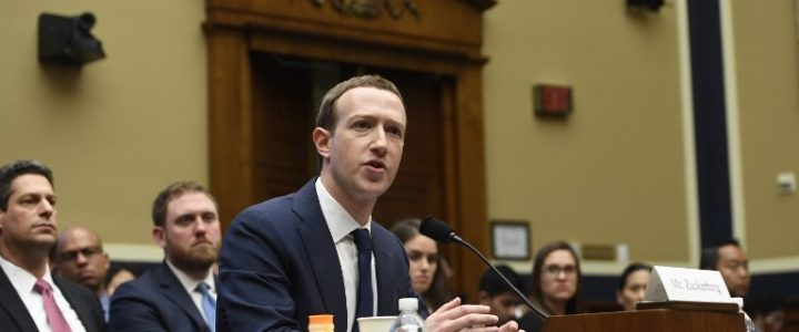 Mark Zuckerberg Berbicara Hoax, Hate Speech di Paris